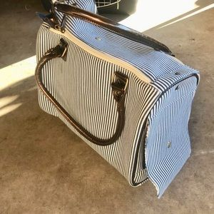Accessories - Small Dog / Pet Carrier